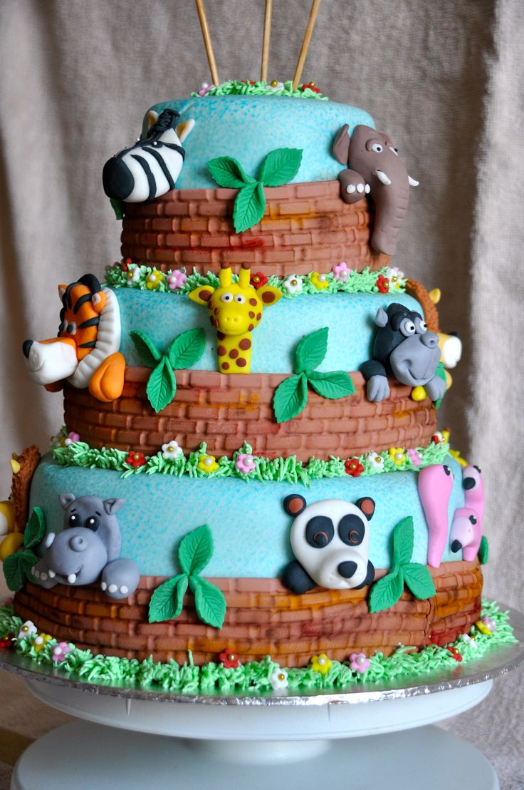 Zoo animal cake cakes for kids pinterest zoos zoo for Animals decoration
