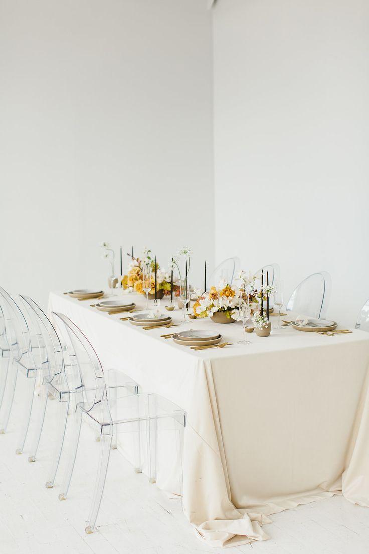 Romantic Style Inspiration for the Modern, Minimalist Bride   Photography: Lora Grady