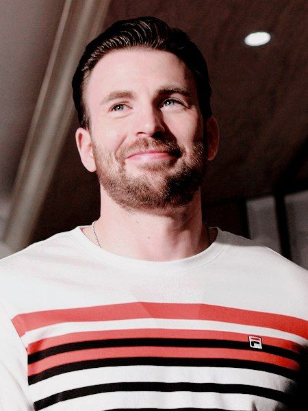 Chris Evans Daily ›› Крис Эванс