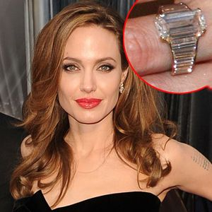 Brad Pitt gave Angelina Jolie this beautiful emerald cut engagement ring