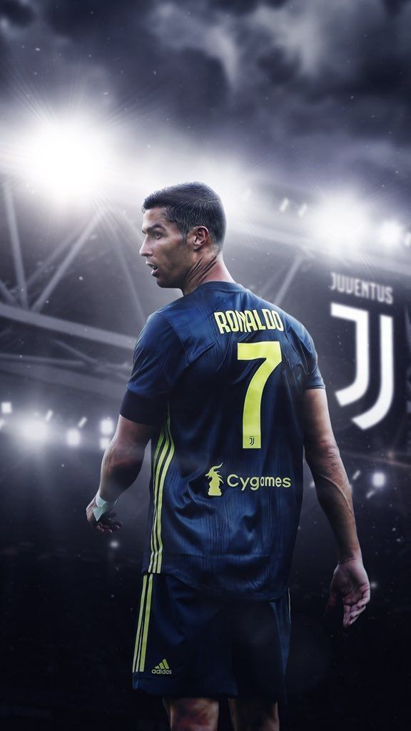best loved e3c4f c399a Pin by ⵡ𝖵 on CR7 | Ronaldo juventus, Ronaldo, Cristiano ...
