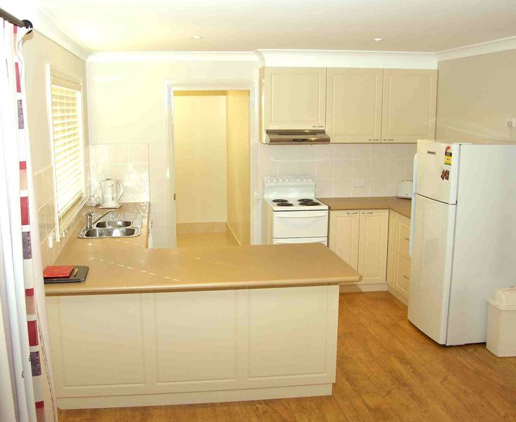 Red Gum cottage fully equipped kitchen with dishwasher, microwave etc.