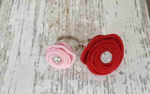 Bekijk dit items in mijn Etsy shop https://www.etsy.com/nl/listing/500484256/verstelbare-ring-met-kleine-roze-roos