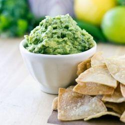 Chipotle Guacamole {Copycat Recipe} HealthyAperture.com