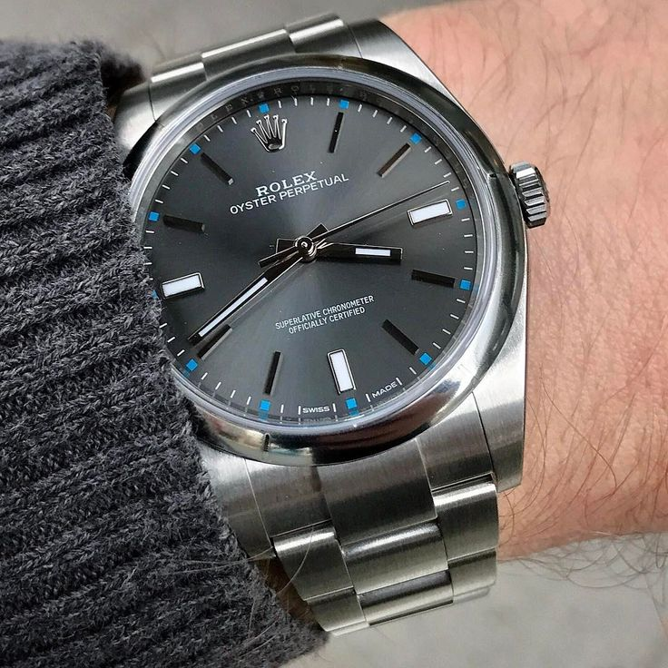 OYSTER PERPETUAL,39mm  Ref 114300   Have a great weekend all...