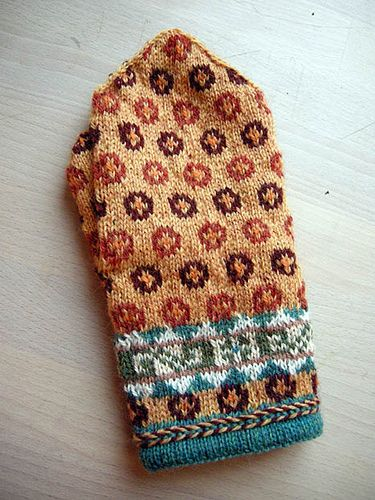 Lithuanian! - The mitten patterns from Baltic and Scandinavia are very similar.