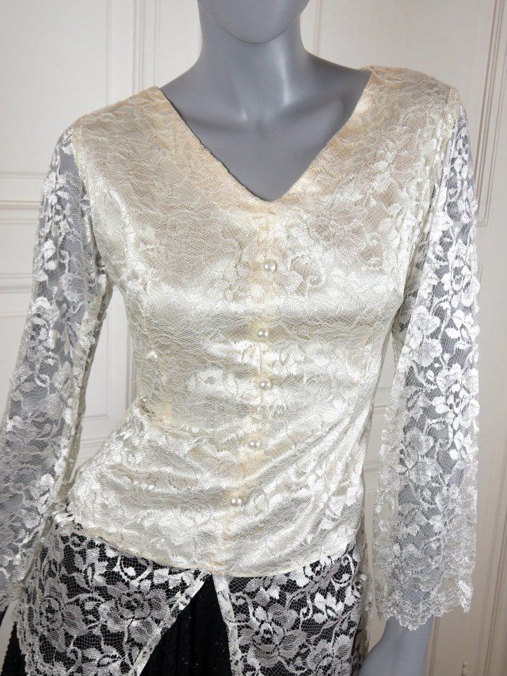 Lace Blouse, Ivory-Colored Hungarian Vintage Lace Top, Bell Sleeves Pearl Buttons, European Elegant Floral Bodice: Size 8 US, Size 12 UK by YouLookAmazing on Etsy