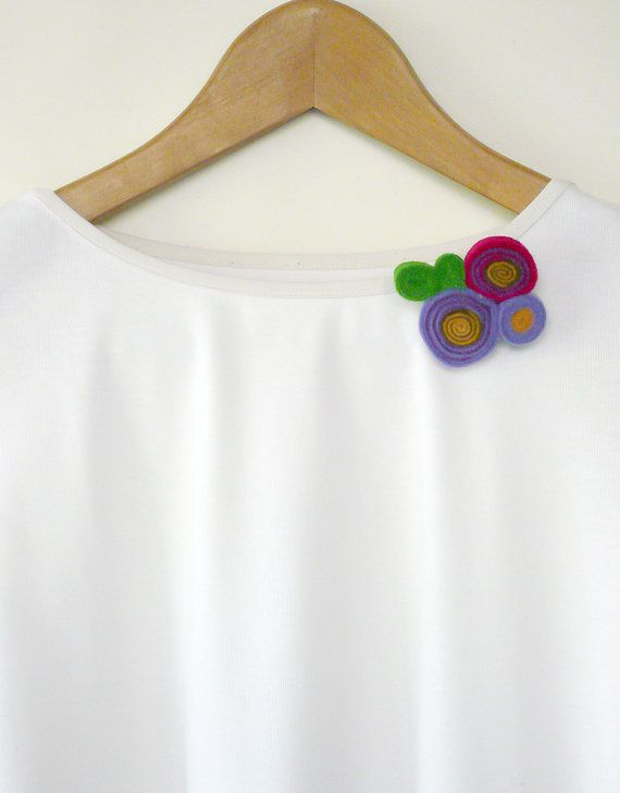 Felt flower-Floral jewelry-Purple felt anemone brooch-Felt jewelry-Felt brooch-Flower brooch-Brooch pin-Gifts under 20-Romantic brooch  ► BEFORE