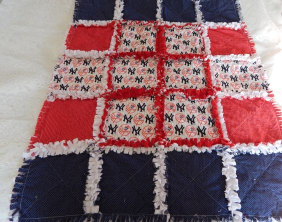 NEW YORK YANKEE baby boy rag quilt  One of a kind by dmaeredesigns