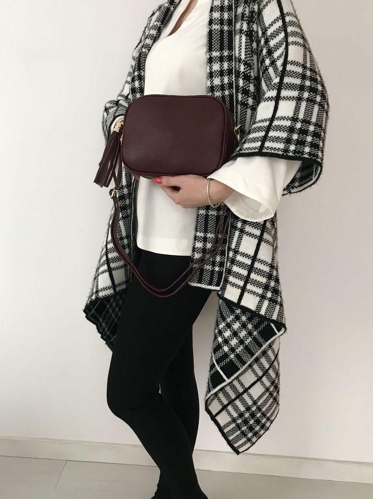Ideální kožená kabelka vhodná ke sportovnímu, ale i elegantnímu outfitu tuto sezónu určitě nesmí chybět. Najdete na www.emotys.cz.