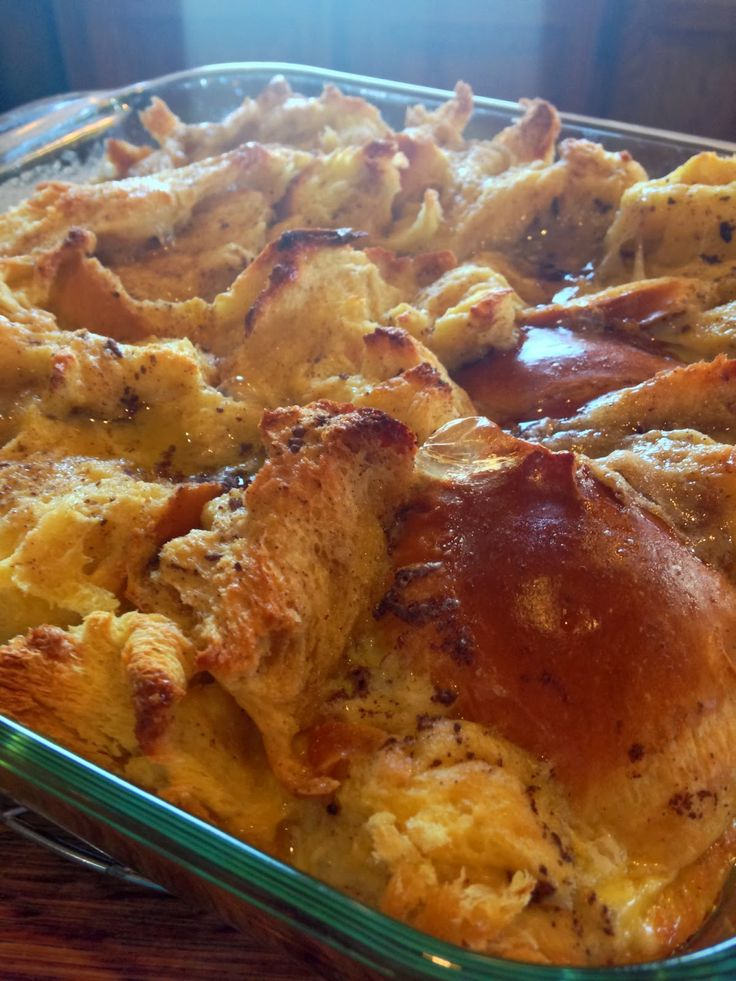 Brown sugar + cinnamon challah bread pudding // the sparkle kitchen