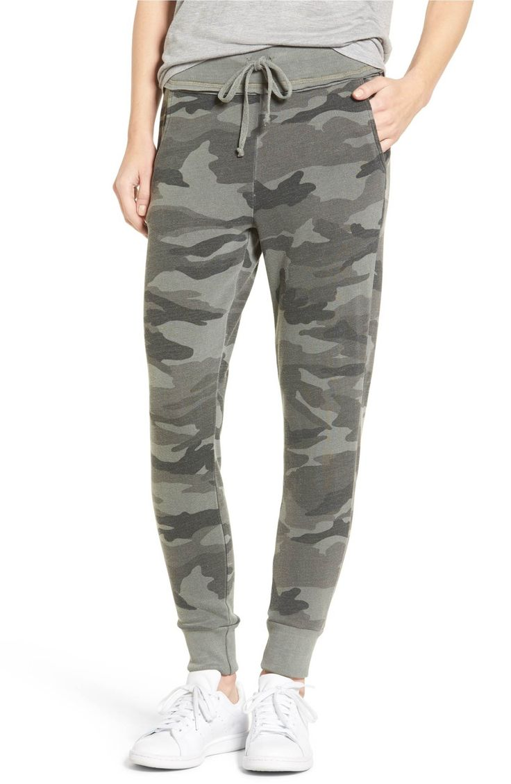 Main Image - Splendid Active Camo Jogger Pants