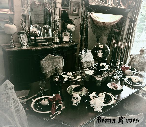 191 best images about celebrate halloween on pinterest for Haunted dining room ideas