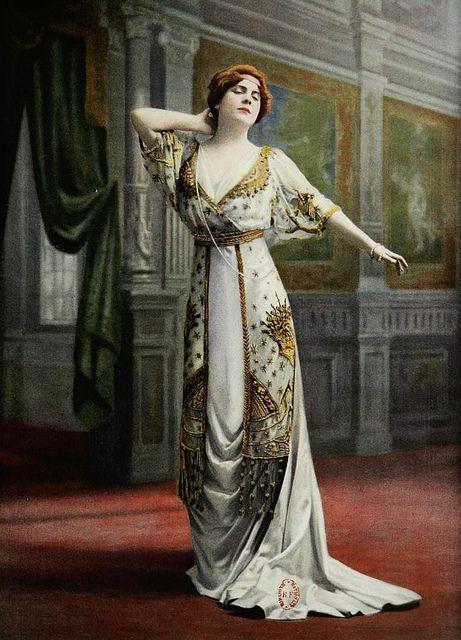 Les Modes (Paris) October 1909, robe de bal par Paquin.