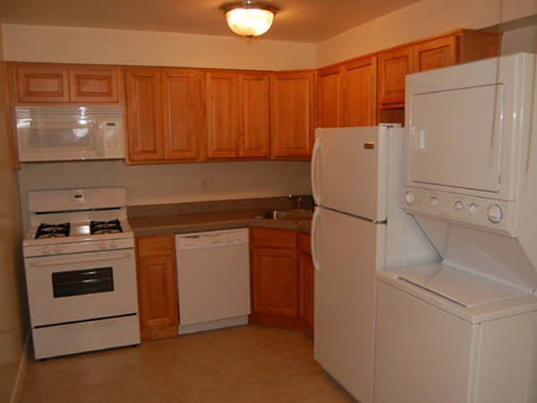 Wood cabinets apartments and cabinets on pinterest