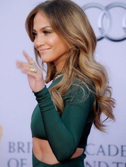 Jennifer Lopez bronde hairstyle