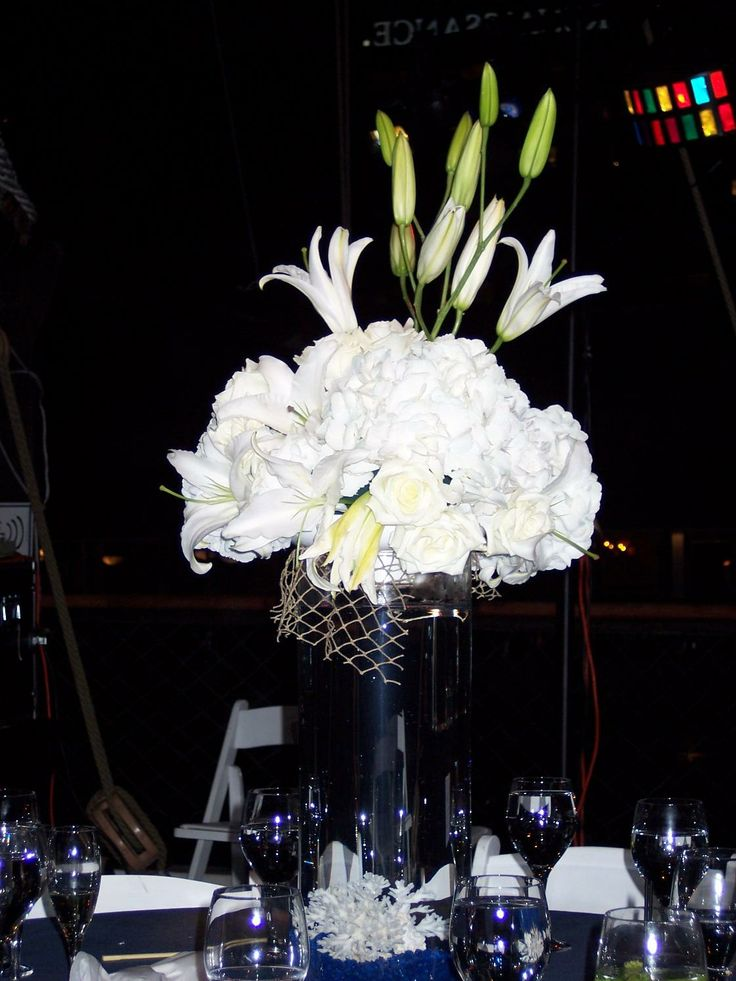 Best 20 beta fish centerpiece ideas on pinterest fish for Fish wedding centerpieces