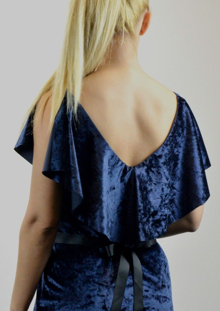 Φόρεμα Βελούδο με Βολάν και Ζώνη - ΜΠΛΕ   shop online: www.musitsa.com