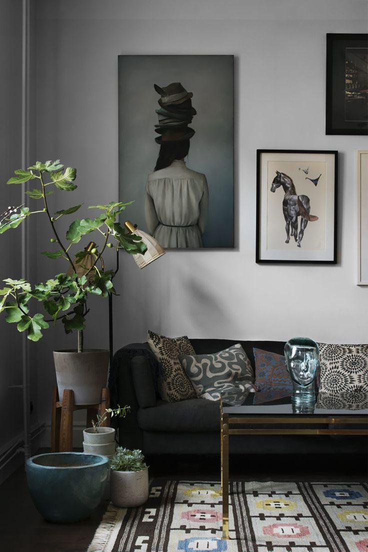 livingroom, living, plants I wohnen, wohnzimmer, bilderwand, grünpflanzen ähnliche Projekte und Ideen wie im Bild vorgestellt findest du auch in unserem Magazi