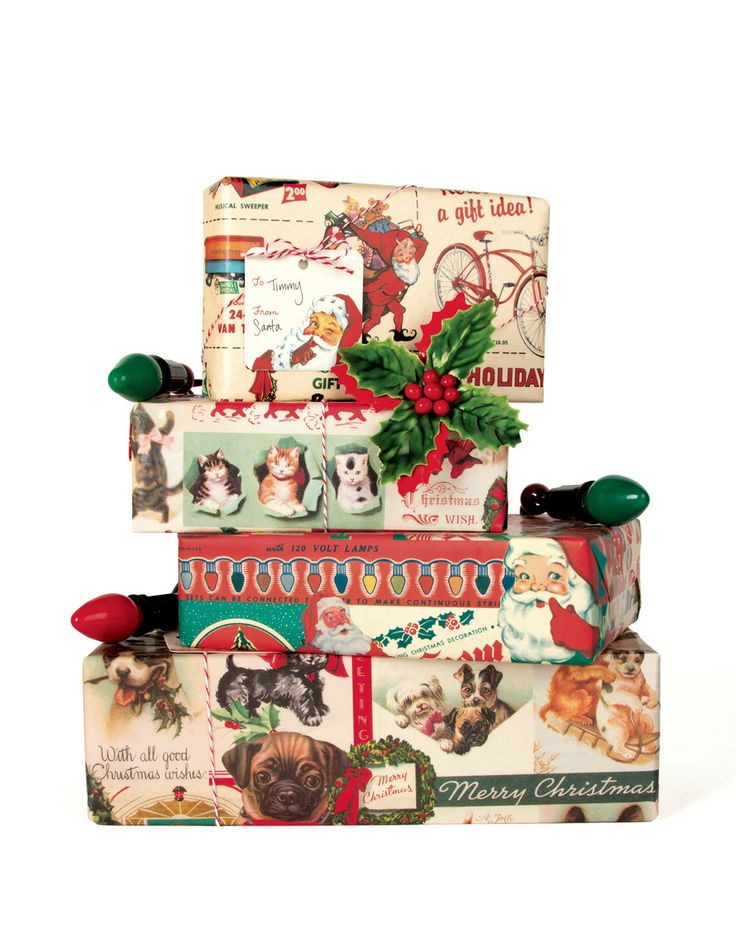 Christmas wrapping paper from Cavallini & Co.  Available at Bobangles.  #Cavallini #Christmas #GiftWrap #vintage #Bobangles