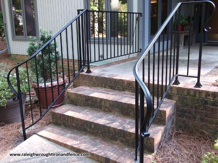 Custom wrought iron residential railings raleigh wrought for Porch durham