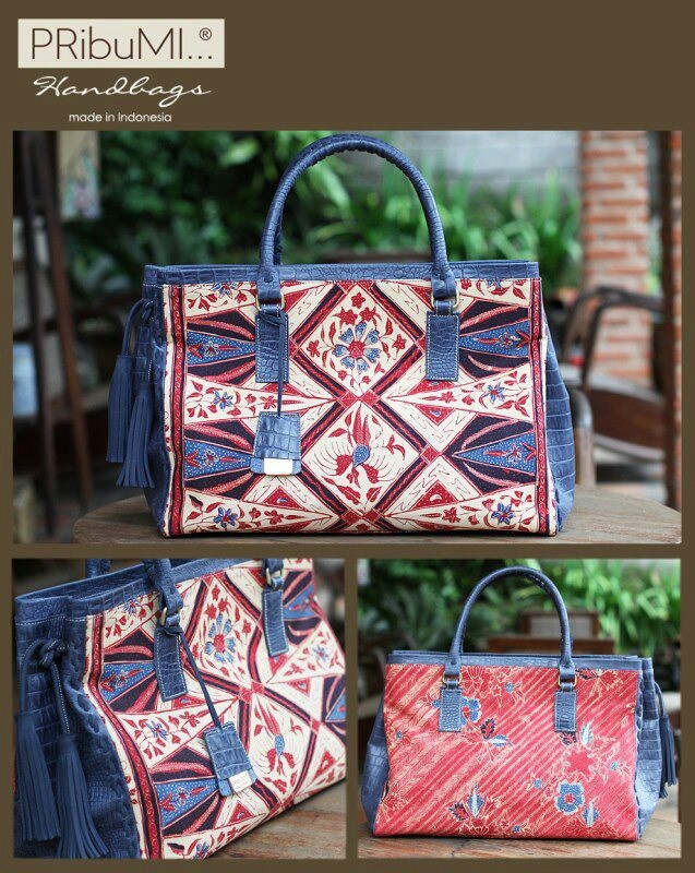 MADURA Tote Bag / Style Series / Serial #2343053F / Sarung Lasem Bangbiron Tumpal Pasung / Navy Blue Italian Premium Full-up Croco Embossed Leather / 23 April 2013 / by Cici Saharto