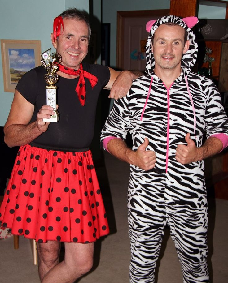 Karl and Toadie dressed in their Sunday best! #neighbours #behindthescenes