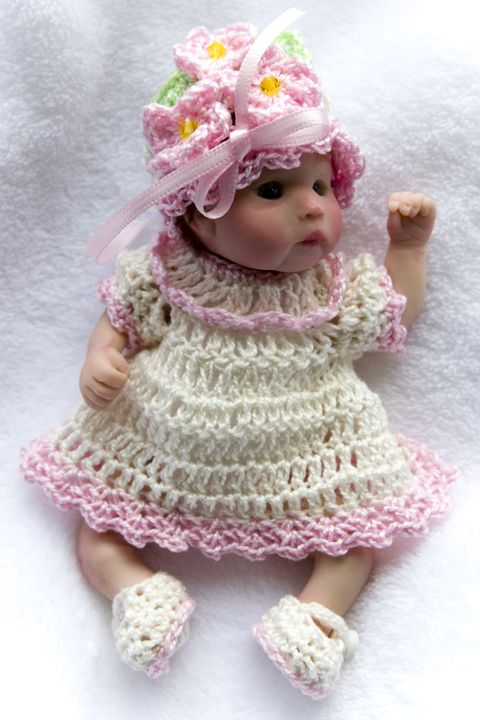 Free Crochet Baby Dress Patterns | Free Crochet Pattern – Bassinet Purse from the Toys Free Crochet