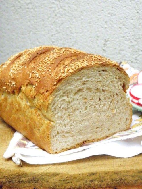 Félbarna kenyér