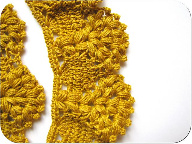 Crochet scarf/edging. Free graphic pattern here: http://p6.storage.canalblog.com/68/10/559619/73052530.pdf