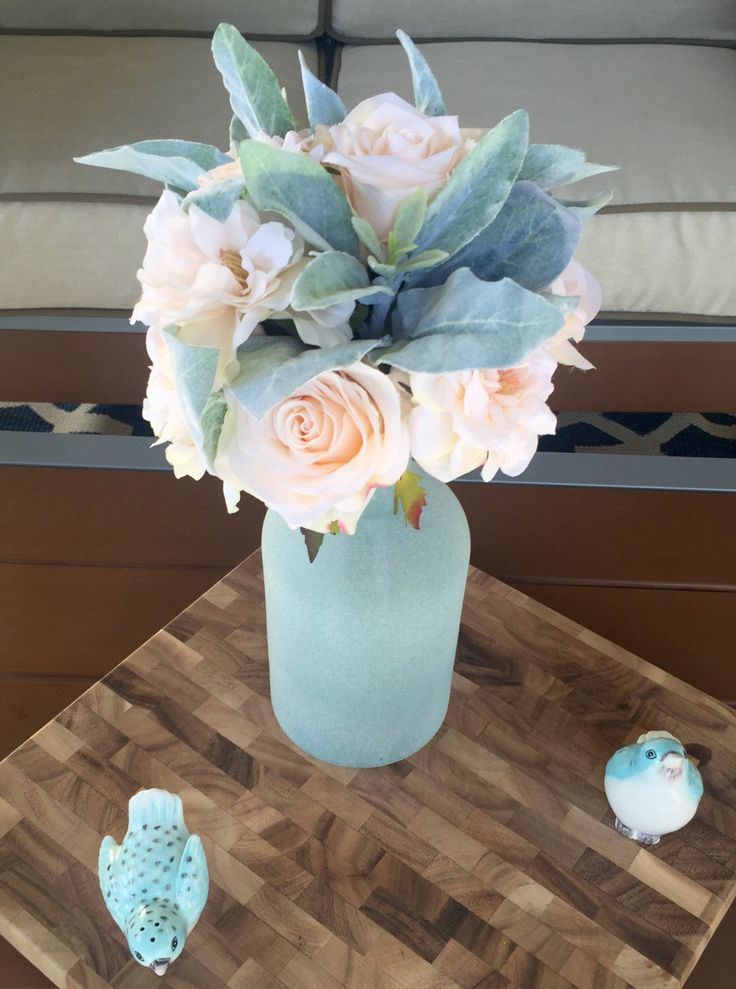 Blush Florals in Frosted Vase by BloomingBouquet on Etsy https://www.etsy.com/au/listing/464580033/blush-florals-in-frosted-vase
