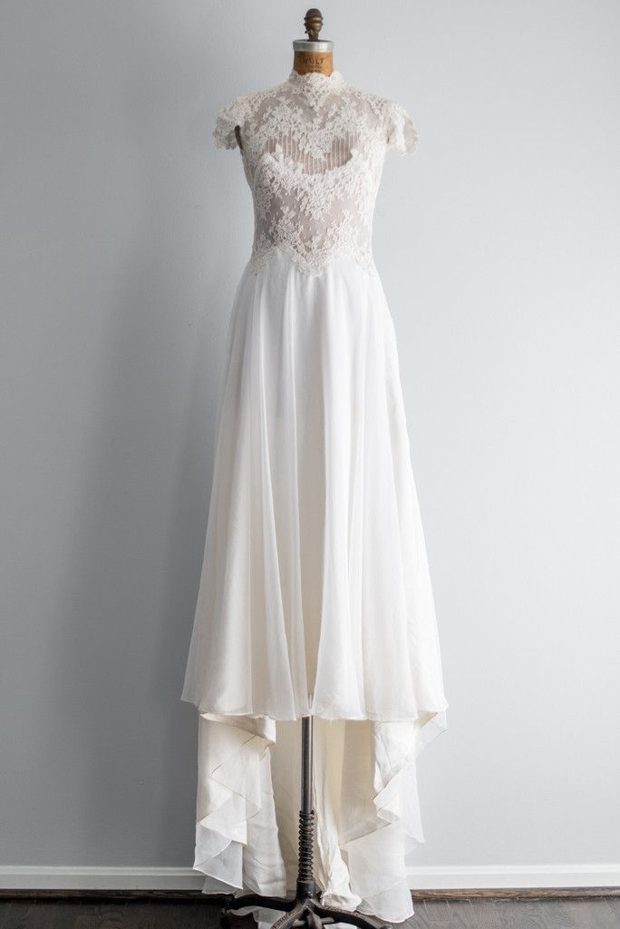 1970s Ivory Lace and Chiffon Wedding Gown - S/M | G O S S A M E R