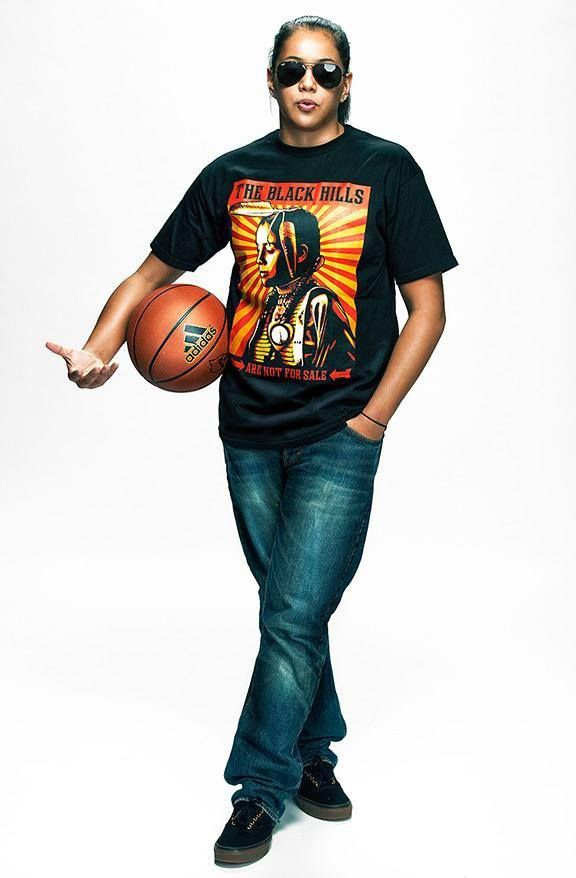 Shoni Schimmel http://espn.go.com/womens-college-basketball/preview2013/story/_/id/9939534/espnw-5-faces-louisville-senior-guard-shoni-schimmel