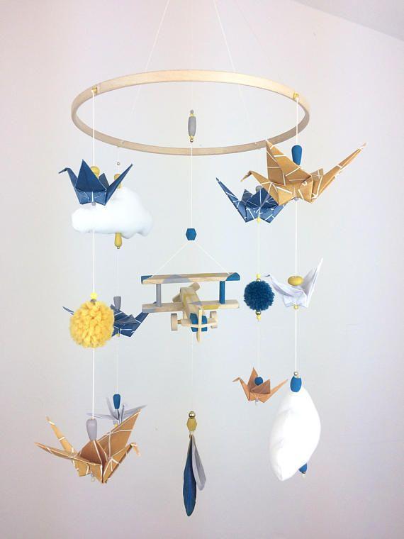 Mobile Bebe Origami Avion Bois Jaune Moutarde Et Bleu Canard
