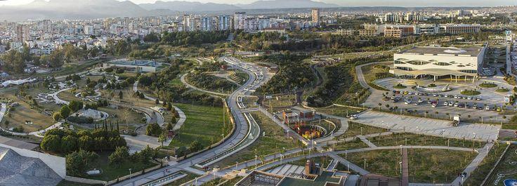 Mini City, Akdeniz Kent Parkı, Antalya Aquarium ve arkada Migros AVM - Selçuk Urav #aerial #antalya #urav