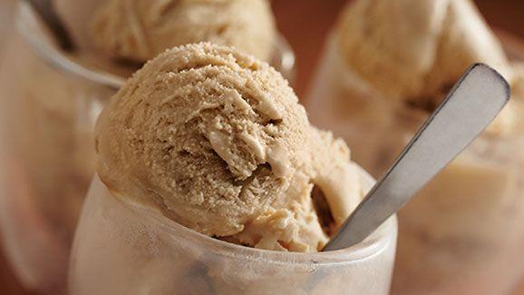 Folger's Creamy Espresso Ice Cream   ---   http://dollargeneral.triadretail.com/easy-meals/creamy-espresso-ice-cream-recipe/
