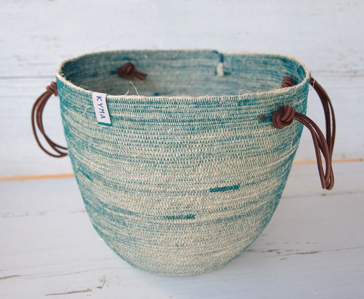 Handmade Coil Sisal Basket Bag Korb Leather Handles Petrol ~ http://kymastyle.wordpress.com ~ Dawanda Shop: http://dawanda.com/shop/kymastyle