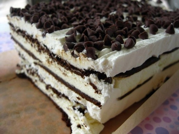 Easy ice cream cake for Sarah Brown