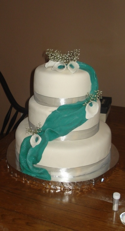 wedding cakes teal and white 1000 images about silver amp teal on green 25696