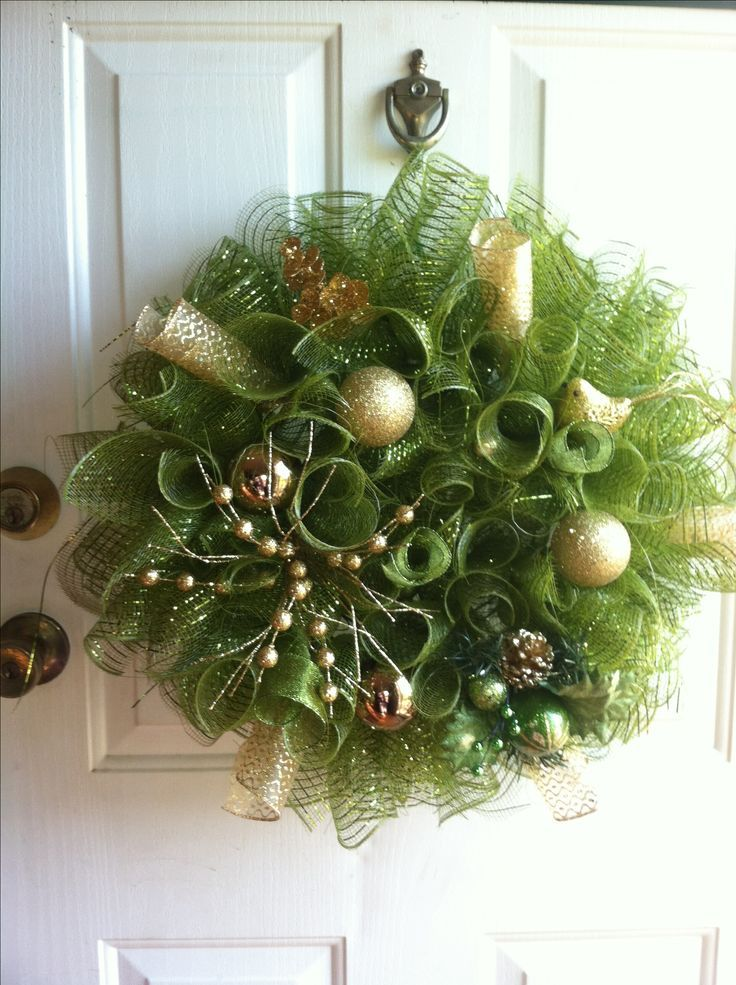 Found On Bing From Pinterest Com Deco Mesh Christmas Wreaths Christmas Mesh Wreaths Christmas Wreaths