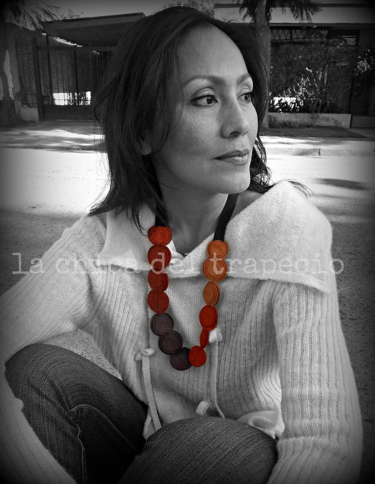 collar de fieltro, 100% lana,felt necklace.  Accesorios textiles.