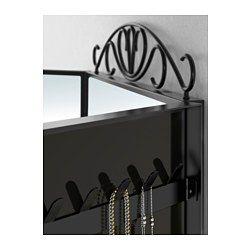 IKEA - KARMSUND, Tischspiegel, , An den Haken auf der Rückseite der seitlichen Spiegel lassen sich Ketten, Armbänder und anderer Schmuck geordnet und übersichtlich aufhängen.Dank der ausschwingenden Spiegeltüren kann man sich von allen Seiten sehen.Der Stil des Spiegels kann variiert werden - je nachdem, ob man den Aufsatz benutzt oder nicht.Für Badezimmer getestet und geeignet - formschön und praktisch in allen Räumen.Mit Sicherheitsfolie - so lässt sich das Verletzungsrisiko minimieren…