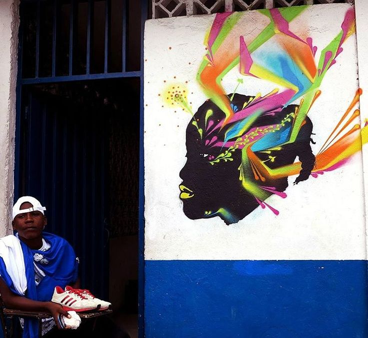 Tumaco // Nariño - Colombia // sept. 2016 // Working with old stencils at the Instituto Técnico Popular de la Costa (ITPC) // #Tumaco #Nariño #colombia #ITPC #institutotecnicopopulardelacosta #portrait #retrato #stencil #estencil #pochoir #schablone #stinkfish //
