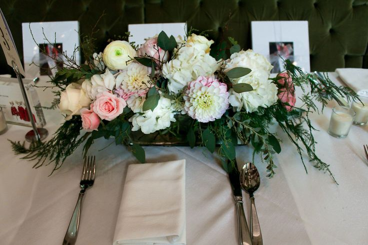 Cream & pink pastel table runners complemented the gorgeous Central Park views at Tavern on The Green for NBC's Morning at the Met event #bfloralnyc #floraldesign