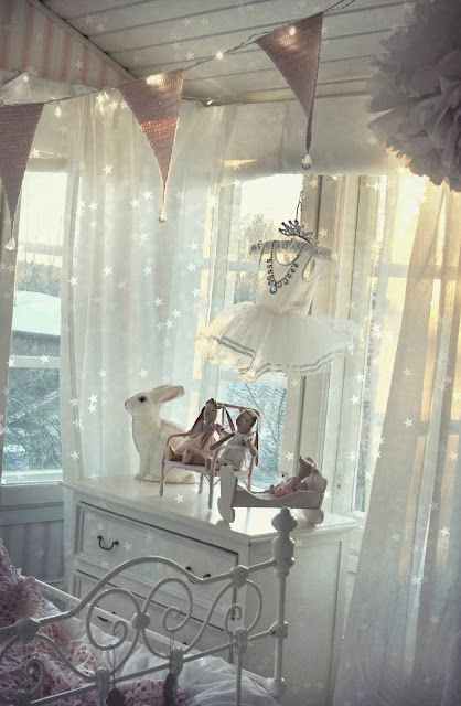 dreamy finnish inspiration...love this- not just for child's room.