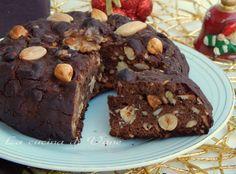 panpepato ricetta laziale che si fa nel periodo natalizio, ricetta facile da fare, con frutta secca, miele, e cioccolato. ricetta e procedimento