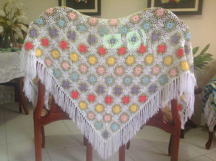 Chal en crochet para dama. Crochet chal for ladies.