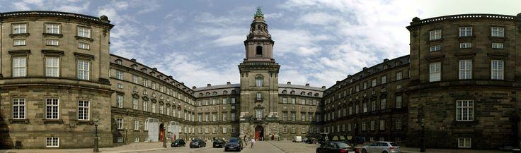 Christiansborg Slot panorama