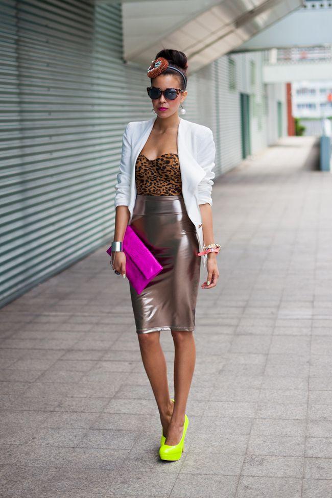 www.macademiangirl.blogspot.com