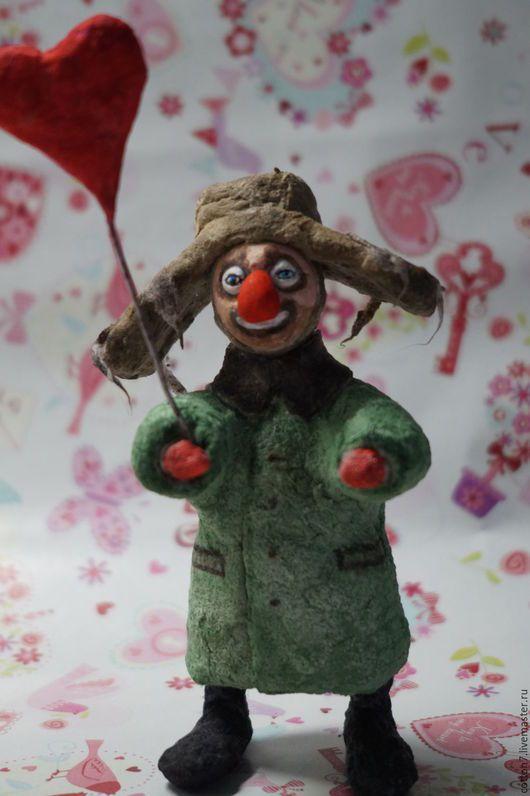 Человечки ручной работы. Ярмарка Мастеров - ручная работа. Купить игрушка из ватного папье-маше Сердце Клоуна. Handmade.